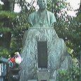 壬生寺 近藤勇像